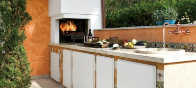 Provencal-style for a tailor-made outdoor kitchen