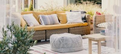 Open-air living rooms, an outdoor home